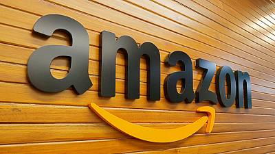 Amazon cuts Australia from its US site to avoid sales import tax