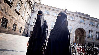 Danish lawmakers ban burqas
