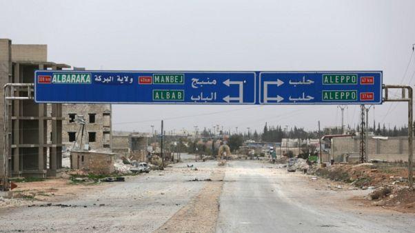 مجلس منبج العسكري يقول إنه لن يقبل بوجود عسكري تركي في المدينة