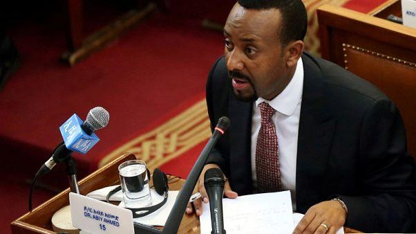 مصحح-رئيس وزراء إثيوبيا يستبدل قائد القوات المسلحة ورئيس المخابرات