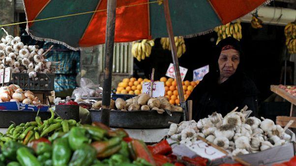 التضخم في مصر يواصل تراجعه في مايو متجاوزا توقعات صندوق النقد