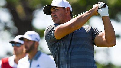 كوبكا يصبح أول بطل يحتفظ بلقب بطولة أمريكا للجولف منذ 1989