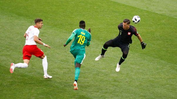 السنغال تعاقب بولندا على اخطائها وتفوز 2-1 في المجموعة الثامنة