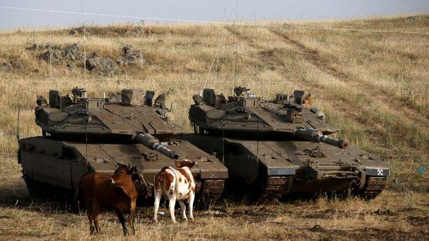 إسرائيل تحذر الجيش السوري من الاقتراب من الجولان وترسل تعزيزات