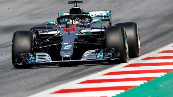 """هاميلتون ينسحب من سباق جائزة النمسا الكبرى ويطالب مرسيدس """"بإصلاح الأخطاء"""""""