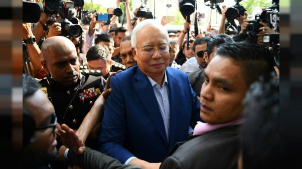 Malaisie: l'ex-Premier ministre interpellé pour corruption