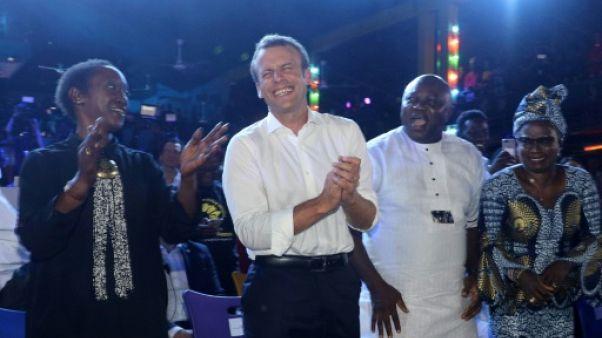 Au rythme de l'afrobeat, Macron célèbre la créativité africaine