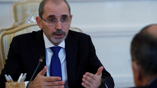 وزير خارجية الأردن يبلغ روسيا بضرورة وقف إطلاق النار بجنوب سوريا