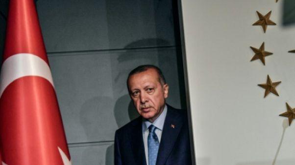 Turquie: Erdogan prêtera serment lundi comme président aux pouvoirs renforcés