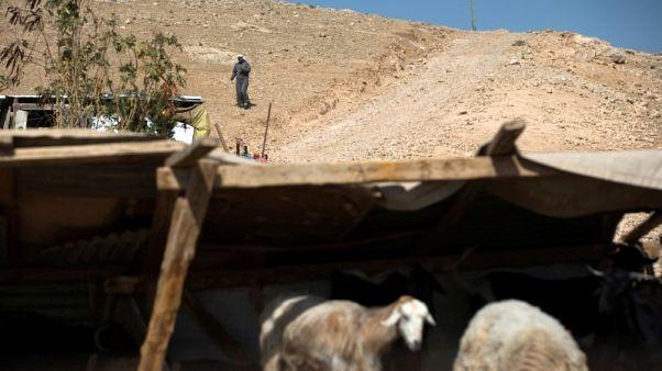 احتجاجات في قرية بدوية تعتزم إسرائيل هدمها