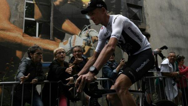 Tour de France: accueil glacial pour Froome, Bardet vainqueur à l'applaudimètre