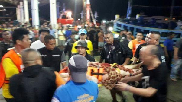 Thaïlande: les recherches reprennent après un naufrage qui a fait au moins un mort