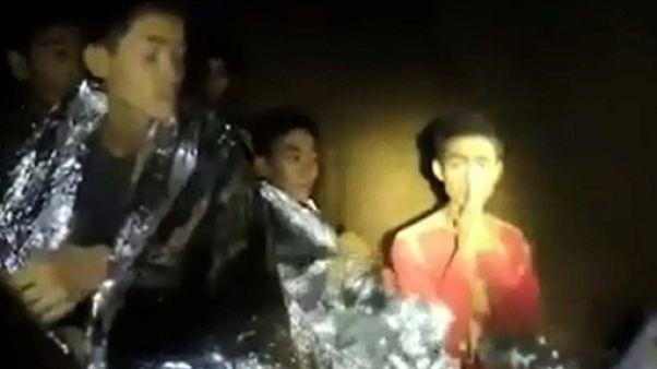 Un adolescent apatride porte-parole de l'équipe dans la grotte thaïlandaise