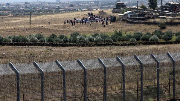 شاهد: الجيش الإسرائيلي أسقط طائرة بدون طيار على الحدود السورية