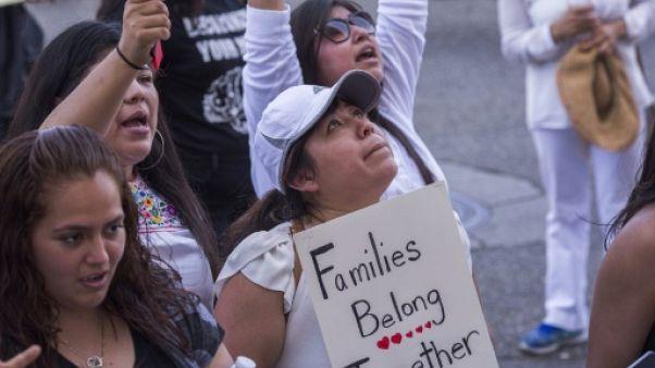 Immigration: un juge californien exige du gouvernement une liste d'enfants séparés de leurs parents
