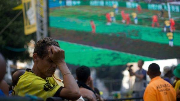 Mondial: à Rio, les supporters Brésiliens déchantent et conspuent Neymar