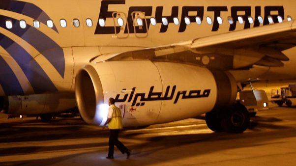 فرنسا ترجح أن يكون حريق بقمرة القيادة وراء تحطم طائرة مصر للطيران في 2016