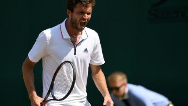 Wimbledon: Simon reverdit, trois Français en huitièmes de finale