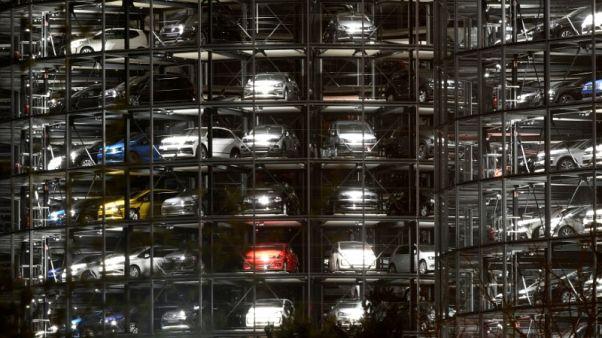 سنتكس: معنويات مستثمري منطقة اليورو تنتعش في يوليو لكن الآفاق غامضة