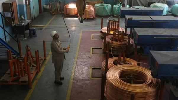 النحاس يرتفع والتركيز ينصب على الخلاف التجاري بين أمريكا والصين