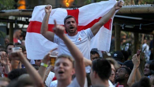 Mondial-2018: bière à gogo, gilets tendance et tube musical en Angleterre
