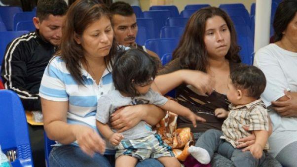 Etats-Unis: les réunifications d'enfants de migrants avec leurs parents toujours à la peine