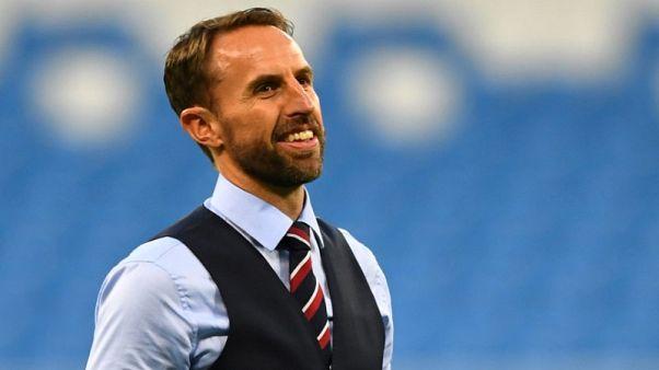 صدرية ساوثجيت.. وسيلة المشجعين لمؤازرة إنجلترا في كأس العالم