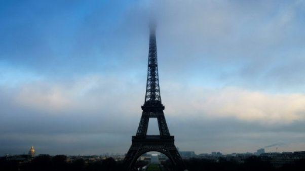 Mondial: la tour Eiffel fermée dimanche pour raisons de sécurité