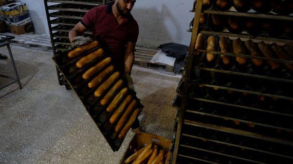 ارتفاع أسعار الخبز يفاقم الآلام الاقتصادية لليبيين