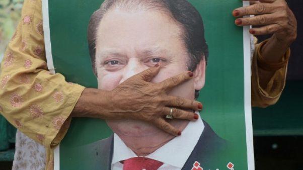L'ex-Premier ministre Nawaz Sharif arrêté à son arrivée au Pakistan