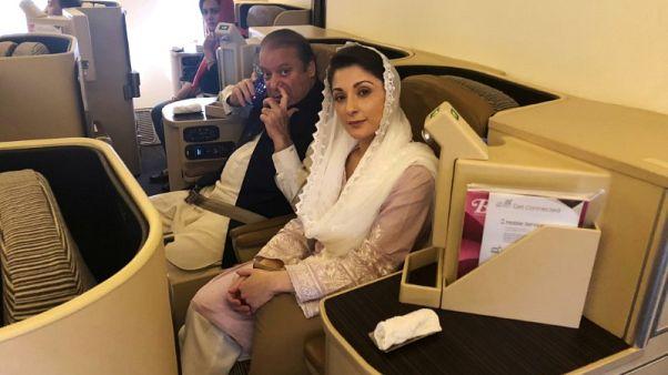 تلفزيون محلي: السلطات تعتقل نواز شريف وابنته لدى عودتهما لباكستان