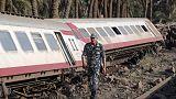 إصابة 58 على الأقل بعد خروج قطار عن القضبان في مصر