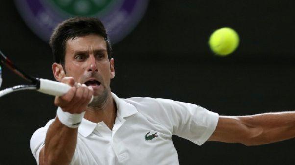 Wimbledon: la demi-finale Nadal-Djokovic suspendue par le couvre-feu