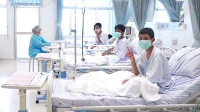 Thaïlande: les jeunes rescapés de la grotte sortiront jeudi de l'hôpital