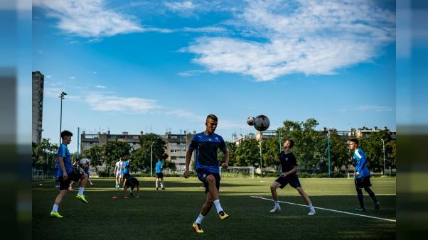 """A l'école de foot du Dinamo Zagreb: """"Etre un jour à leur place"""""""