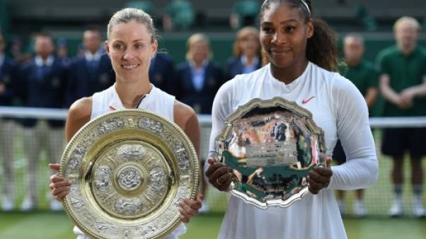 Angelique Kerber titrée pour la 1re fois à Wimbledon en dominant Serena Williams