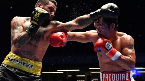 Boxe: le Philippin Pacquiao bat Matthysse et récupère sa ceinture mondiale WBA
