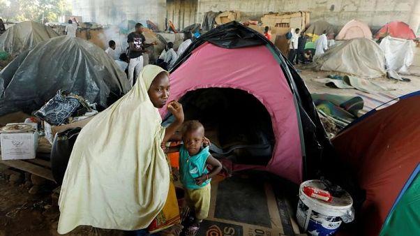 الجزائر تعيد نحو 400 مهاجر إلى النيجر
