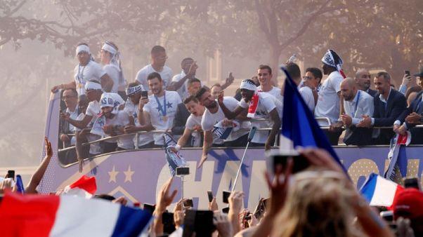 استقبال الأبطال لمنتخب فرنسا الفائز بكأس العالم