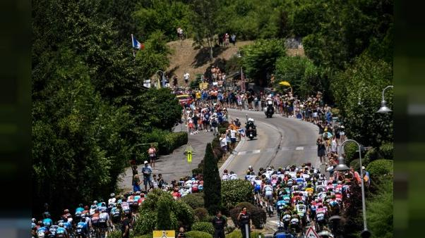 Tour de France - L'étape de mercredi: un parcours court et intense dans les Alpes