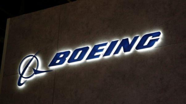 بوينج تزيد توقعات الطلب بقطاع الطيران في 20 عاما