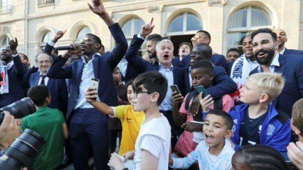 """Obama rend hommage aux Bleus, qui ne sont """"pas tous des Gaulois"""""""