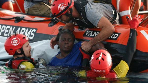 Proactiva Open Arms rentre en Espagne avec une migrante miraculée