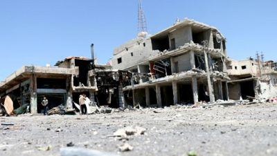 Syrie: 15 civils tués dans des raids nocturnes sur le sud