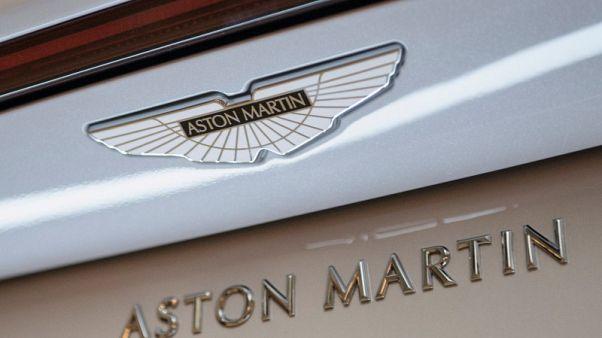 أستون مارتن تكشف عن نموذج مصغر لسيارة رياضية تطير