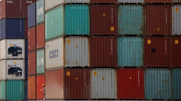 انخفاض صادرات اليابان إلى أمريكا في يونيو للمرة الأولى في 17 شهرا