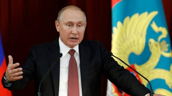 """Poutine dénonce des """"forces"""" aux Etats-Unis """"prêtes à sacrifier les relations russo-américaines"""""""