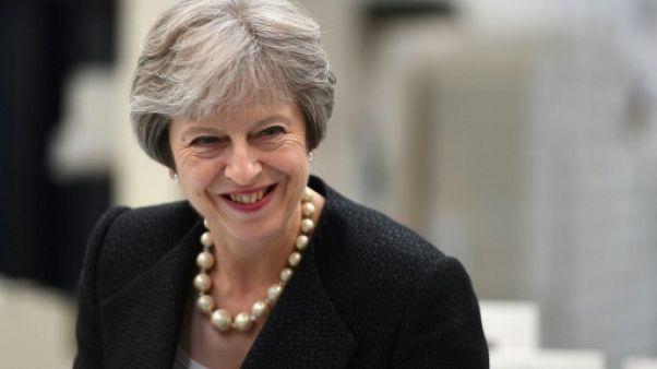 Brexit: Theresa May a esquivé les députés rebelles mais doit désormais affronter l'UE