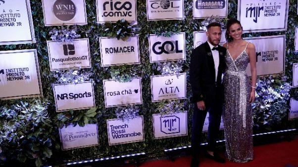 Neymar chiarisce, ''Resto al Psg''