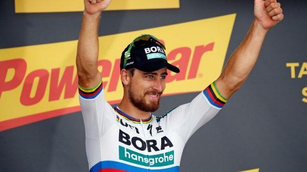 ساجان يفوز للمرة الثالثة بمرحلة في سباق فرنسا وتوماس يحتفظ بالقميص الأصفر